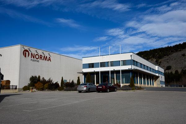 La Junta aprueba dos millones para los ex-trabajadores de Puertas Norma
