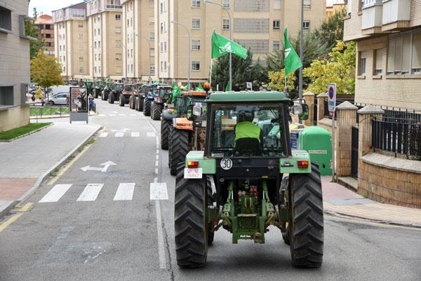 Los tractores toman Soria para reclamar unas explotaciones agrarias viables