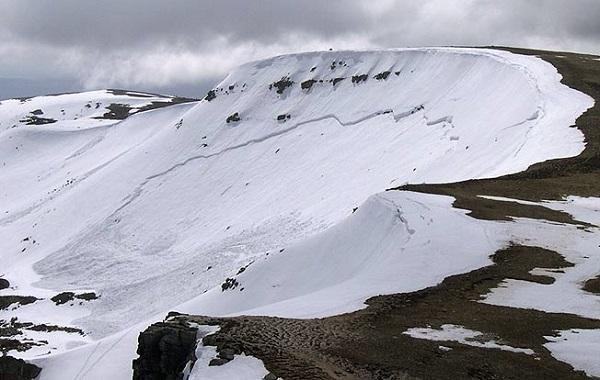Rey defiende contar con los ecologistas para construir la estación de esquí alpino