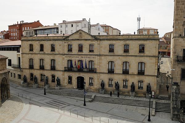 Rey (PSOE) defiende el papel de las diputaciones en provincias como Soria