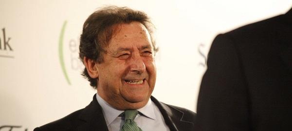"""Alfonso Ussia, premio """"Miguel Delibes"""" por su defensa de la actividad cinegética"""