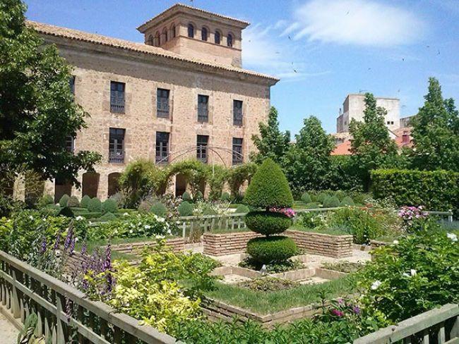 El jardín del Palacio de los Castejón, entre los veinte mejores de España para encontrar la calma