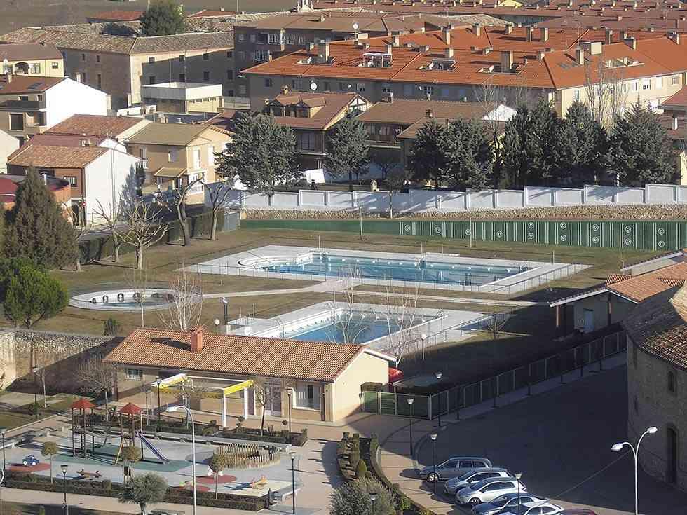 El Burgo mejora sus instalaciones deportivas y edificios municipales