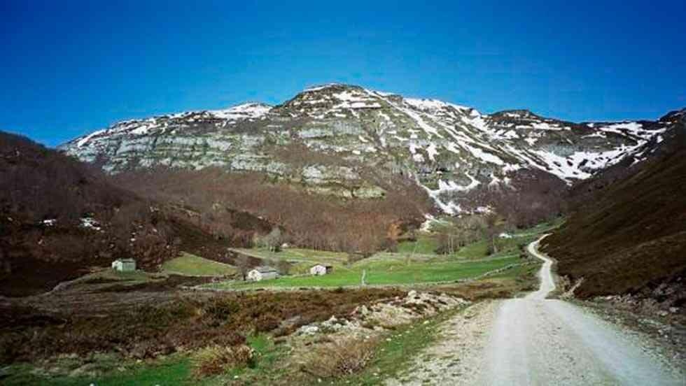 Un montañero pierde la vida en Castro Valnera