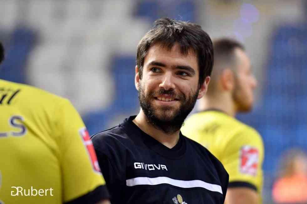 Elías Terés renueva como segundo entrenador