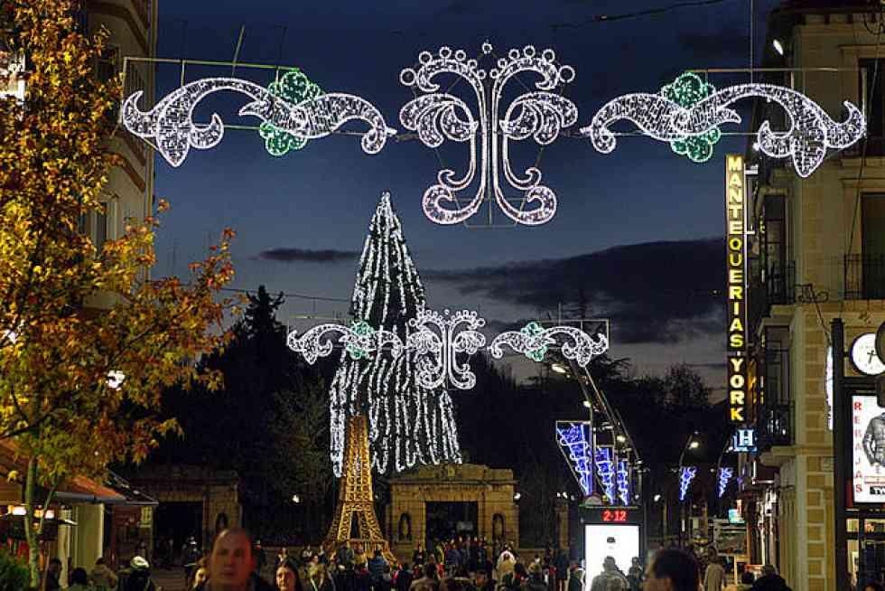 El Ayuntamiento apuesta por potenciar la ambientación navideña