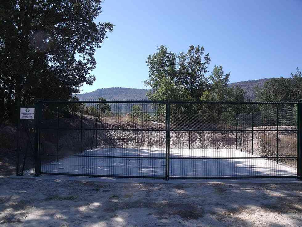 La Diputación ha construido 31 áreas para verter residuos de la construcción