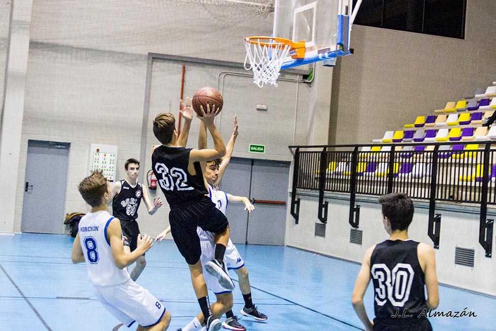 Las Cortes garantizan el acceso a la actividad deportiva