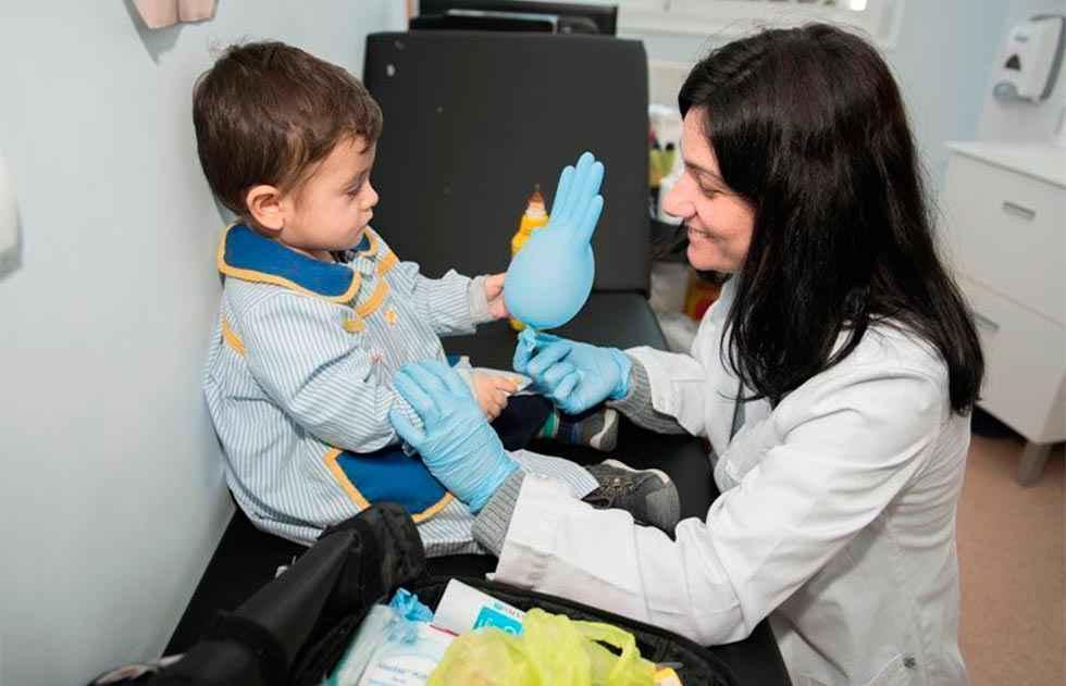 Nueve de cada diez docentes pide un enfermero en centros educativos