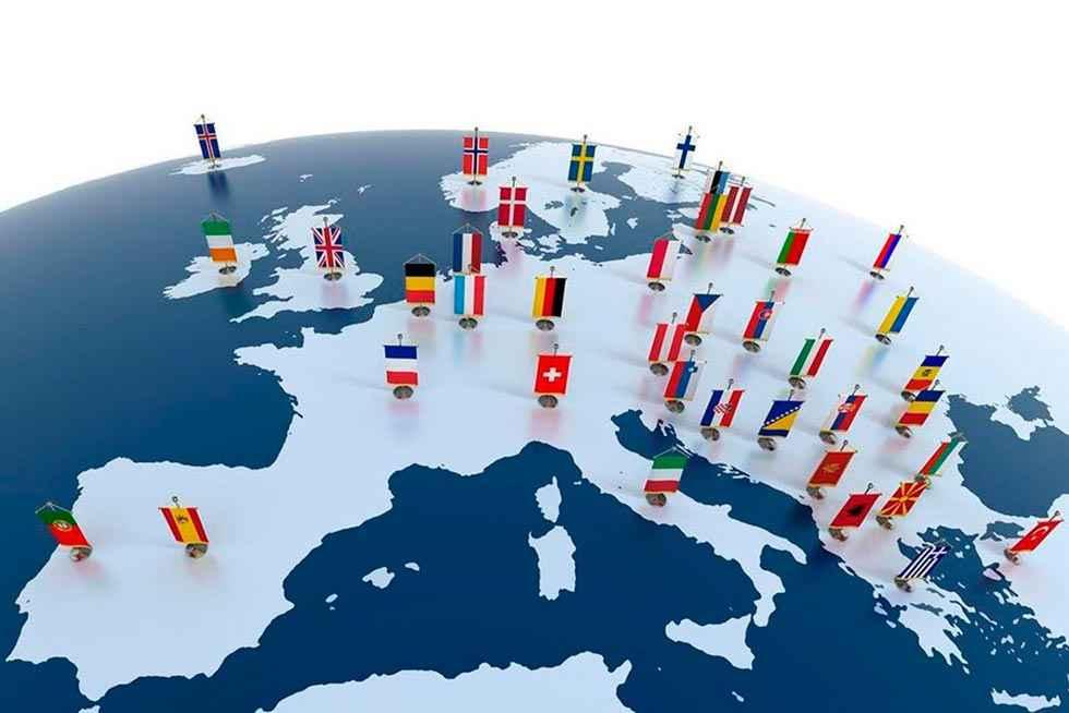 La Junta concede 1.660 ayudas complementarias de las becas Erasmus+