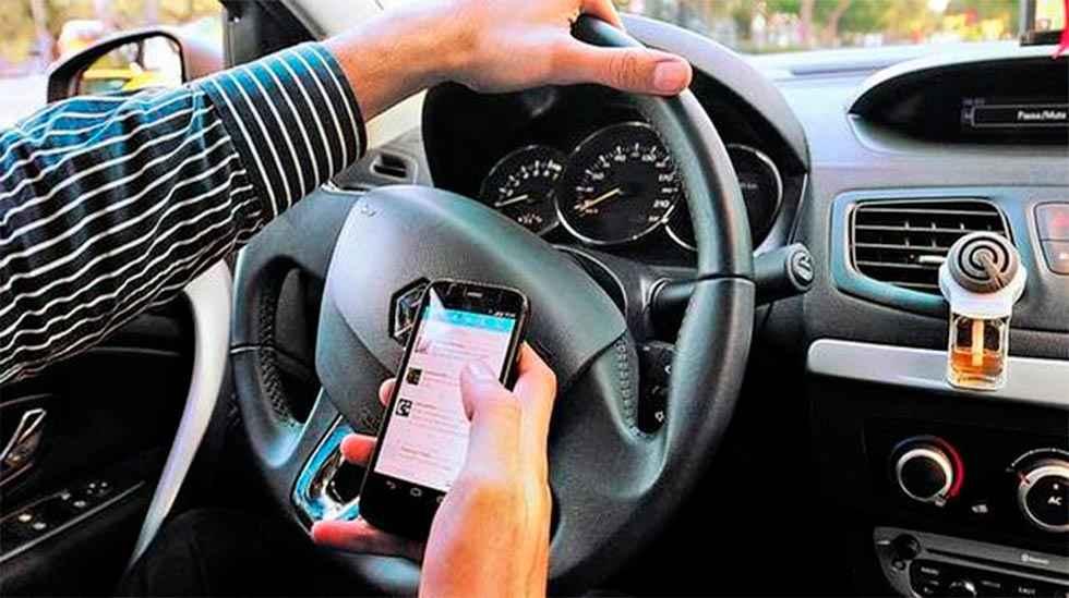 La DGT recomienda desactivar el móvil para mejorar seguridad vial