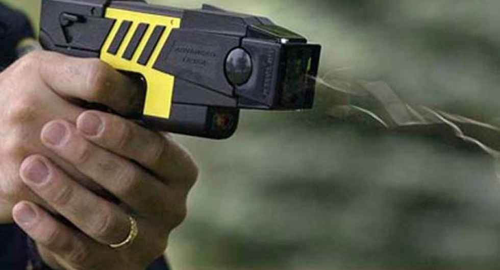 CSIF pide pistolas eléctricas para los funcionarios de prisiones