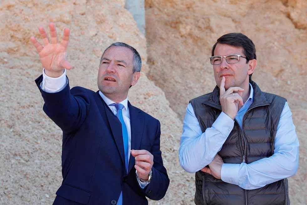 Fernández Mañueco visita las instalaciones de Nufri