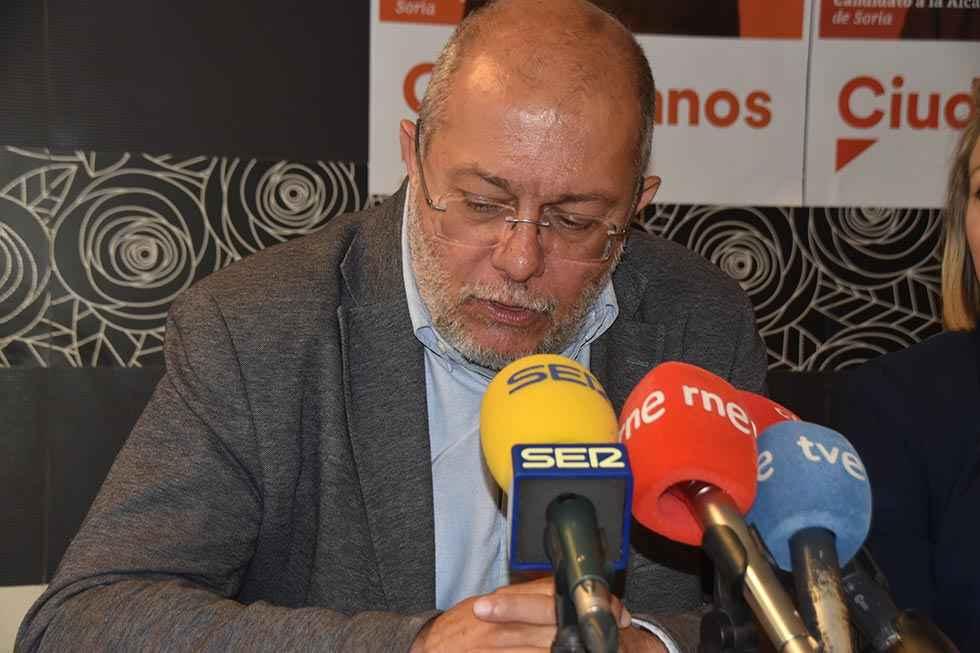 PSOE y Cs se intercambian cartas sobre petición de negociación