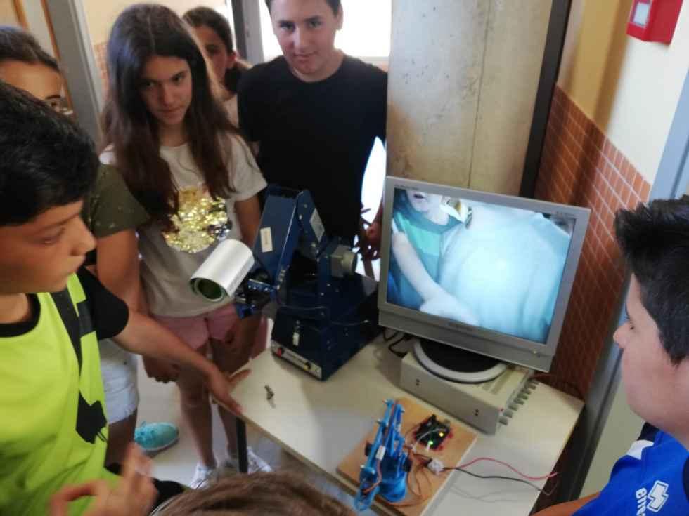 Alumnos de Primaria descubren la FP en el CIFP Pico Frentes