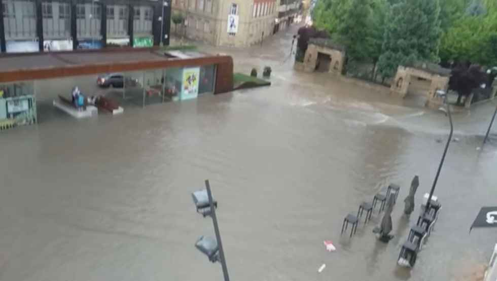 Sesenta litros de lluvia provocan una veintena de incidencias