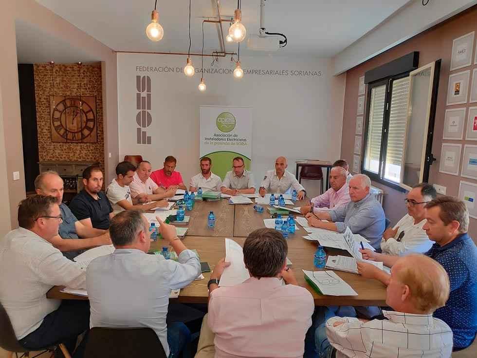 Mateo preside en Soria su primera asamblea al frente de PECALE