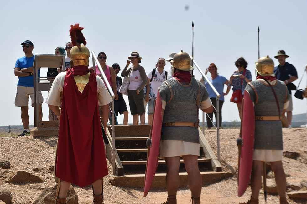 ¡Numancia vive! atrae a 700 visitantes al yacimiento