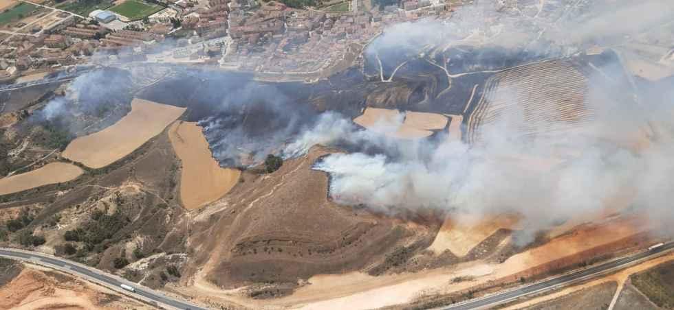 El incendio de San Esteban de Gormaz calcina 40 hectáreas