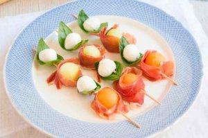 Fruta y embutidos: lo más saludable para el verano