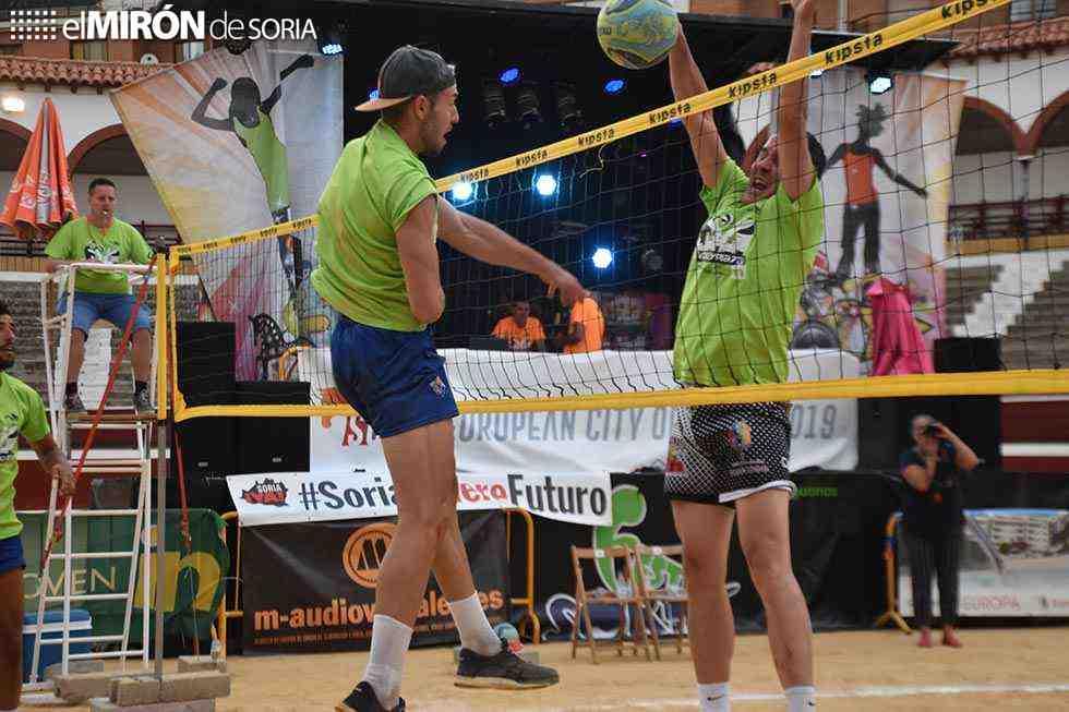 Martín-Retuerto, campeones Open del torneo de Voley Plaza