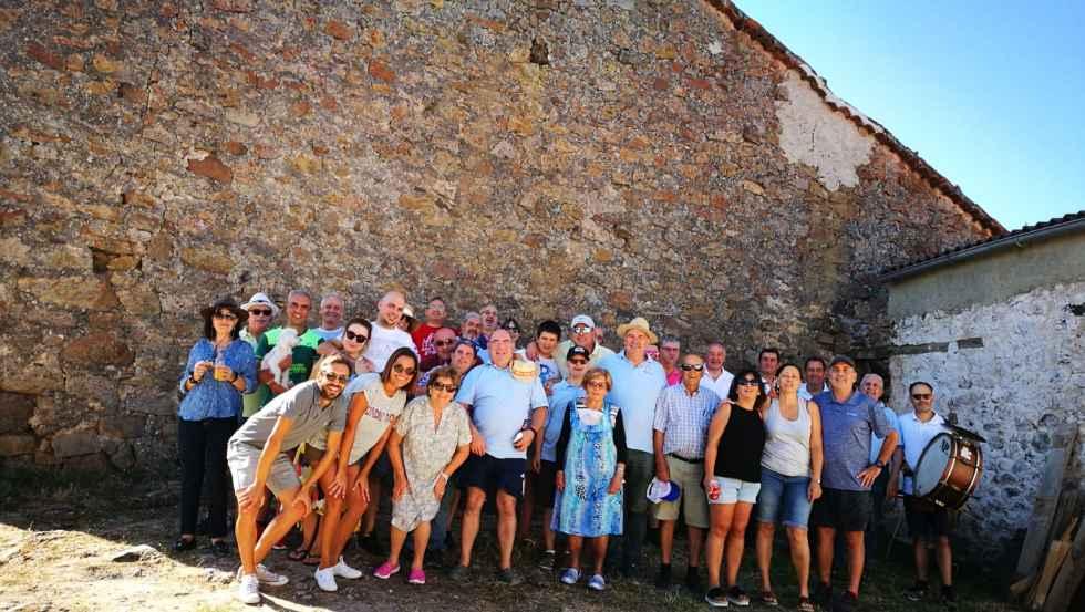 Hinojosa de la Sierra disfruta de sus fiestas patronales