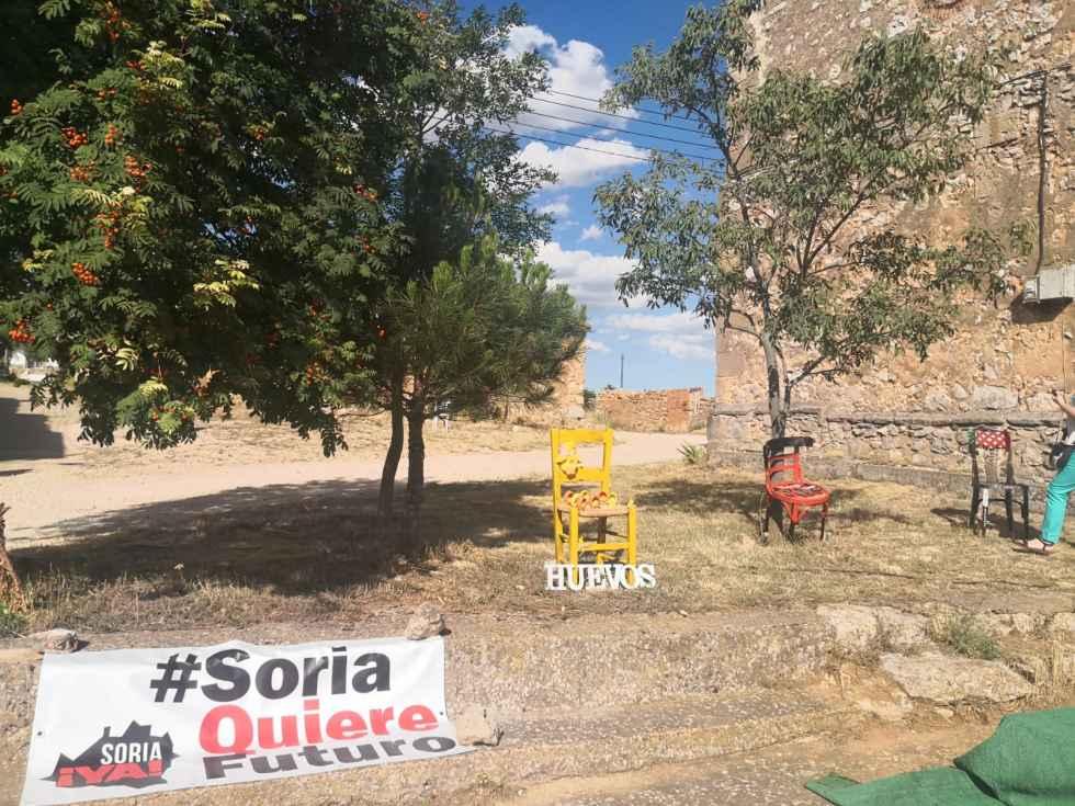 """Castejón del Campo: """"Sillas solidarias"""" contra la despoblación"""