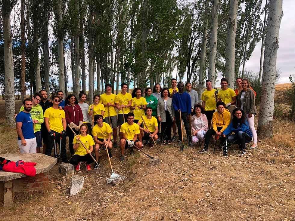 Más de 400 jóvenes participan en campos de voluntariado