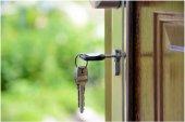 La Policía investiga tres robos en viviendas de Los Royales