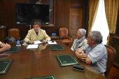 El Procurador del Común conoce la necesidad de farmacia en el valle del Cídacos