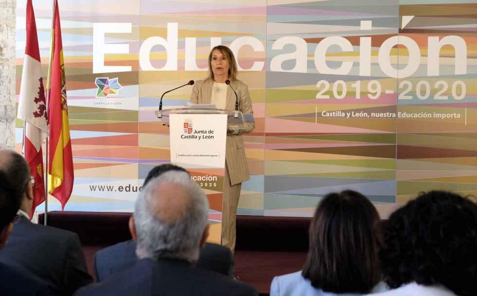 Lucas quiere consolidar la educación en la vanguardia internacional
