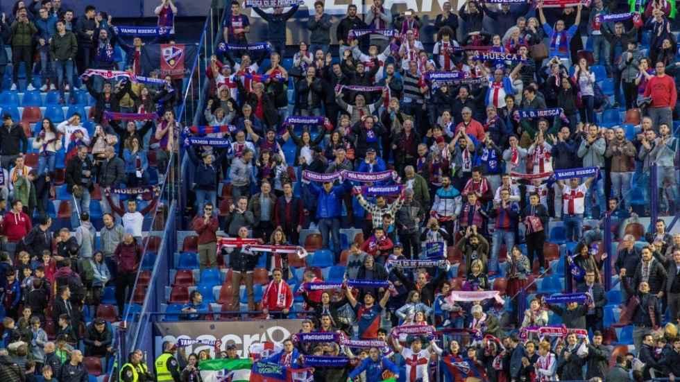 Un millar de aficionados del Huesca animarán en Los Pajaritos