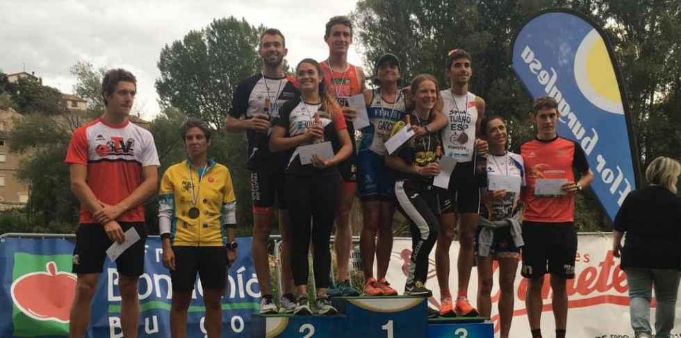 Alfonso Izquierdo gana el Triatlón de Pampliega y Villazopeque