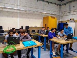 Diplomas en clausura del curso TIA Portal de formación