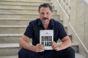 """Presentación del libro """"Mongo Blanco"""", de Carlos Bardem"""