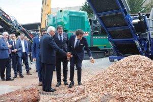 La Junta priorizará la biomasa en sus edificios públicos