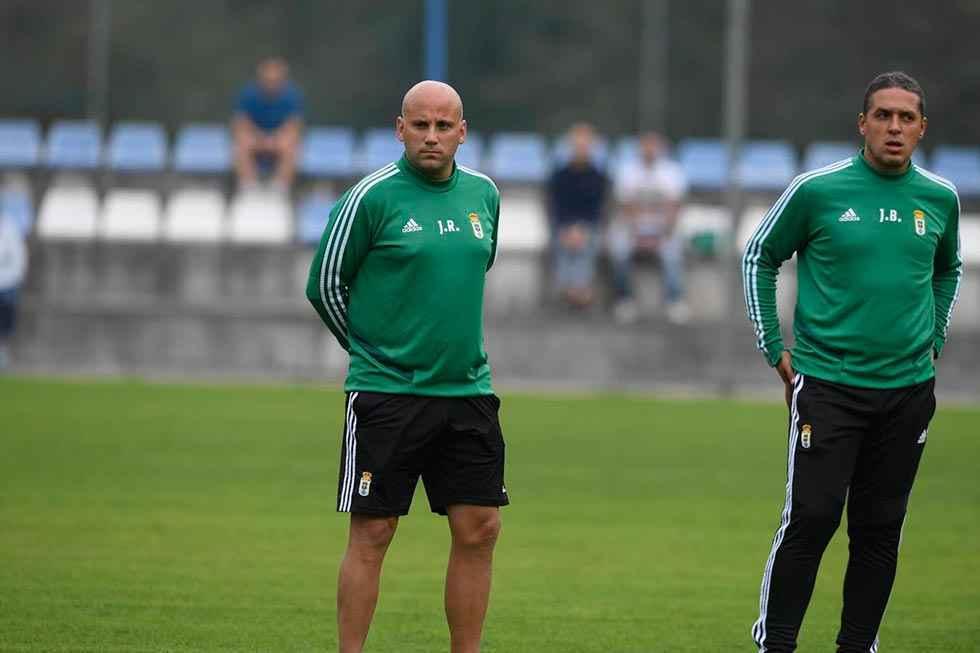 """El entrenador del Oviedo advierte que el Numancia es """"un equipazo"""""""