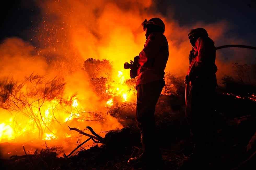 El operativo contra incendios se moviliza para exigir mejores condiciones