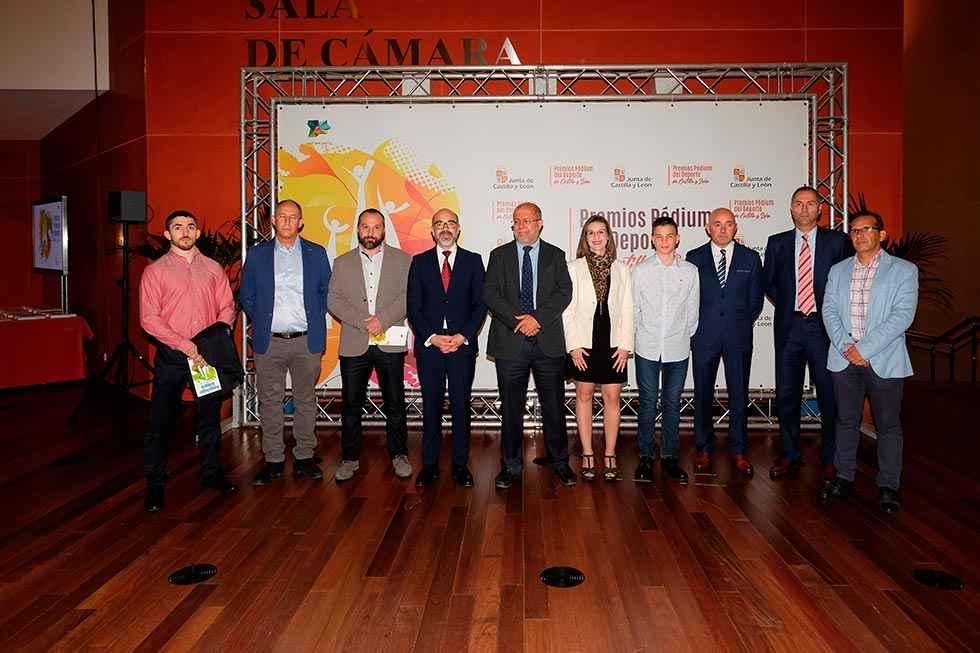La Junta entrega los Premios Pódium del Deporte