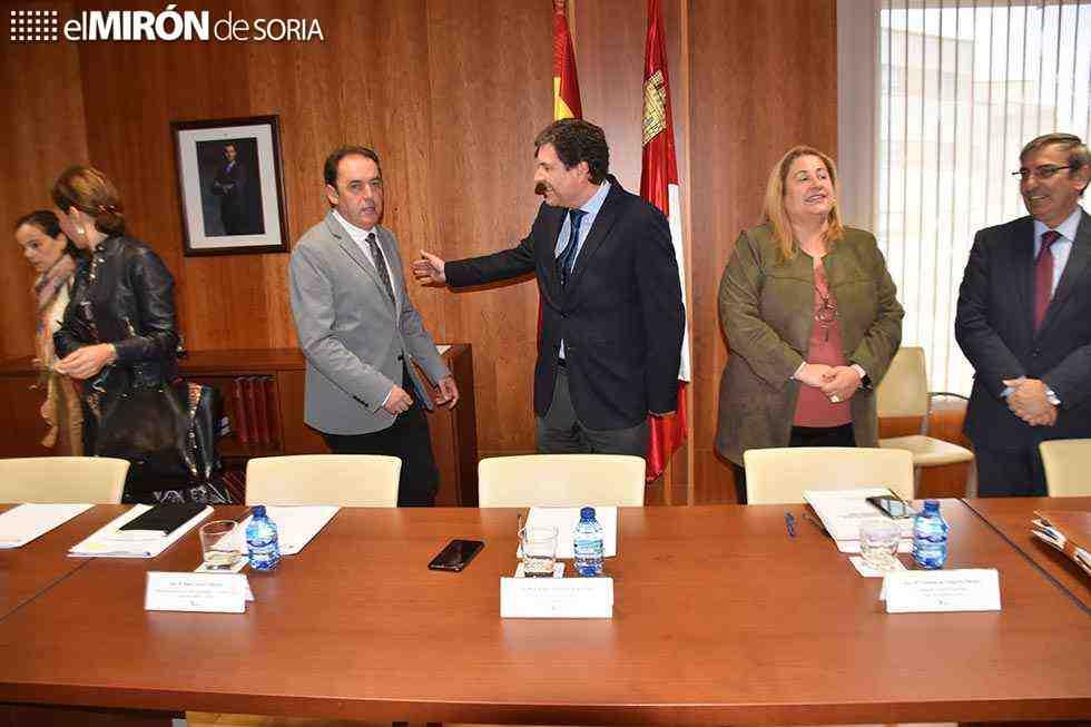 El PSOE dice que presupuestos desmontan el márketing del Plan Soria