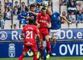 El Oviedo perdona y el Numancia empata en el descuento