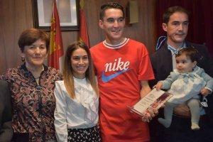Almazán homenajea a Dani Mateo - fotos
