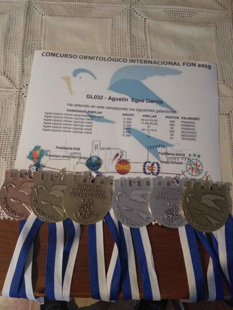 Medallas de Lafuente y Egea en Campeonato Ornitológico Internacional
