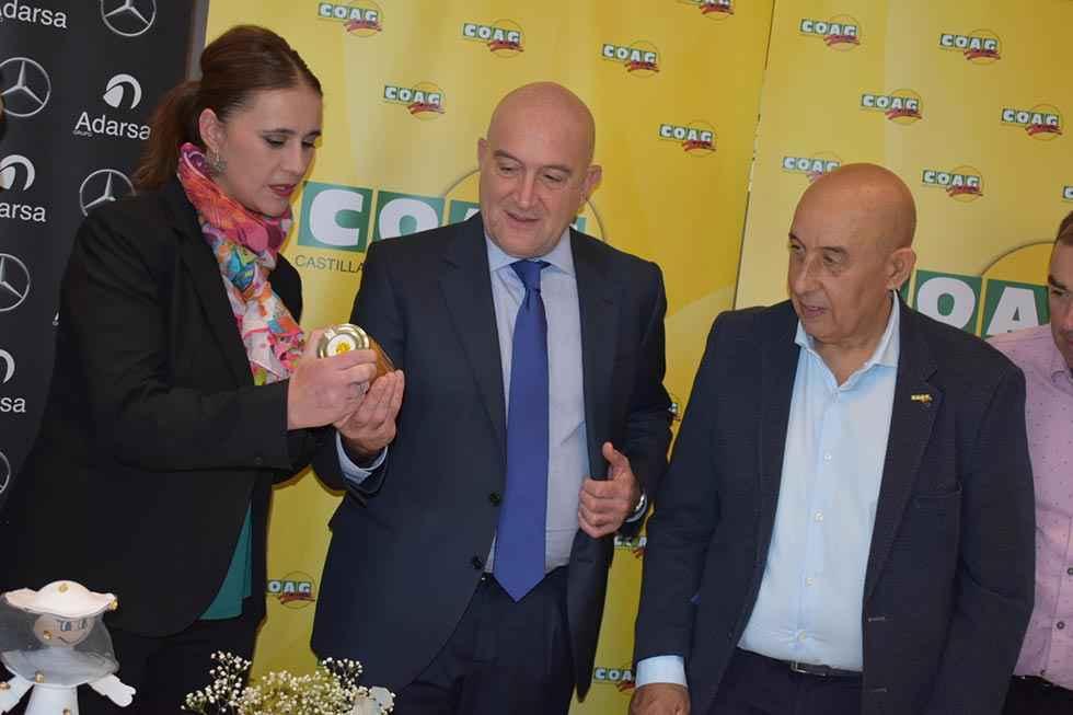 La Junta se compromete a seguir apoyando al sector apícola