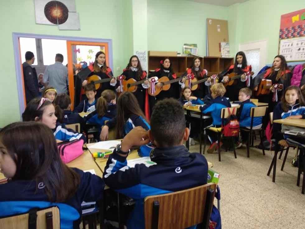 Escolapias celebra San José de Calasanz
