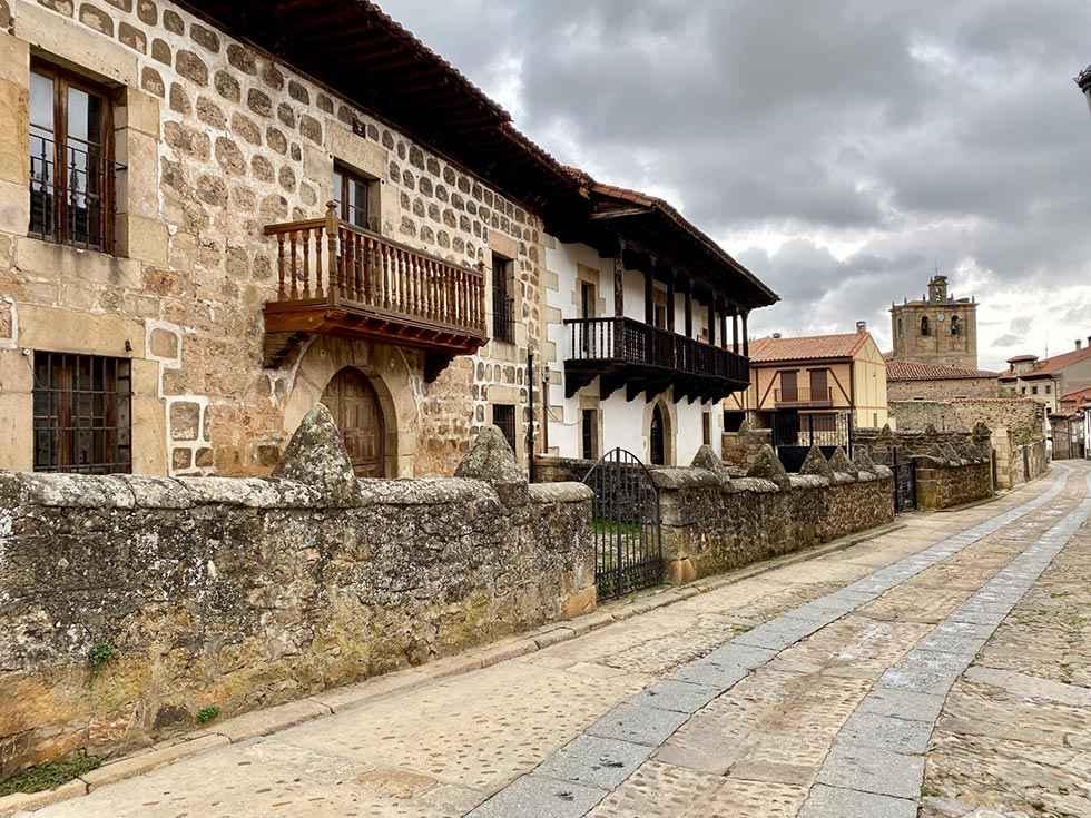 Vinuesa y Monteagudo de las Vicarías, en red de pueblos más bonitos