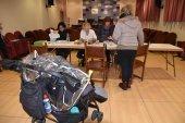 La Diputación comienza el reparto de tarjetas de cheque bebé