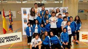 Dieciséis medallas del bádminton soriano en Alfajarín