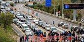 Los transportistas denuncian el bloqueo de la frontera con Francia