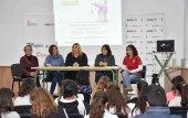 La arquera Raquel Frías difunde los valores del deporte en igualdad